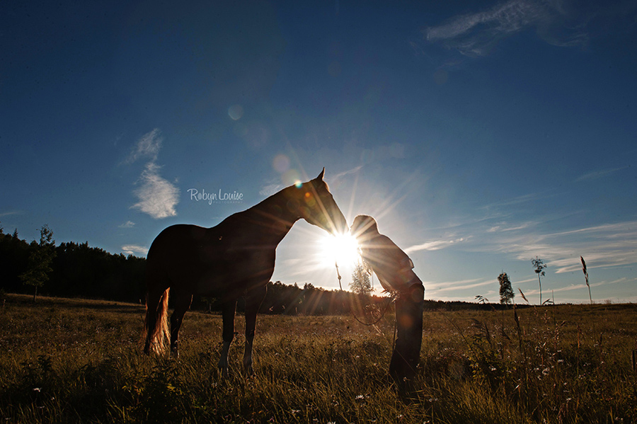 Quesnel Equine Photographer, Robyn Louise Photography captures the unique bond between horse and rider in her Beauty and Beloved sessions.