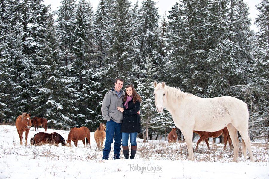 Rylee-and-Jeff-Engagemeng-Session-Quesnel-Robyn-Louise-PhotographyFB001